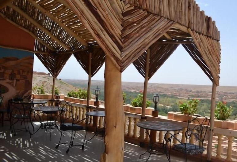 Hotel Restaurant Al Manader, Boumalne Dades, Speisen im Freien