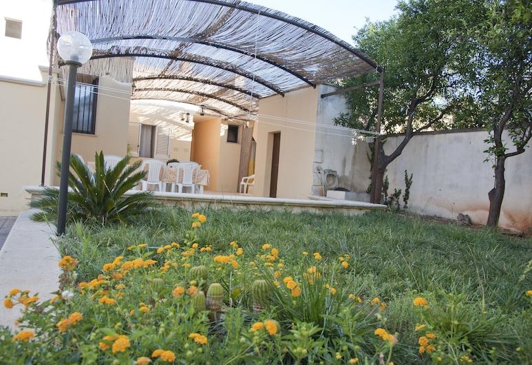 B&B Sara, Ugento, Property Grounds