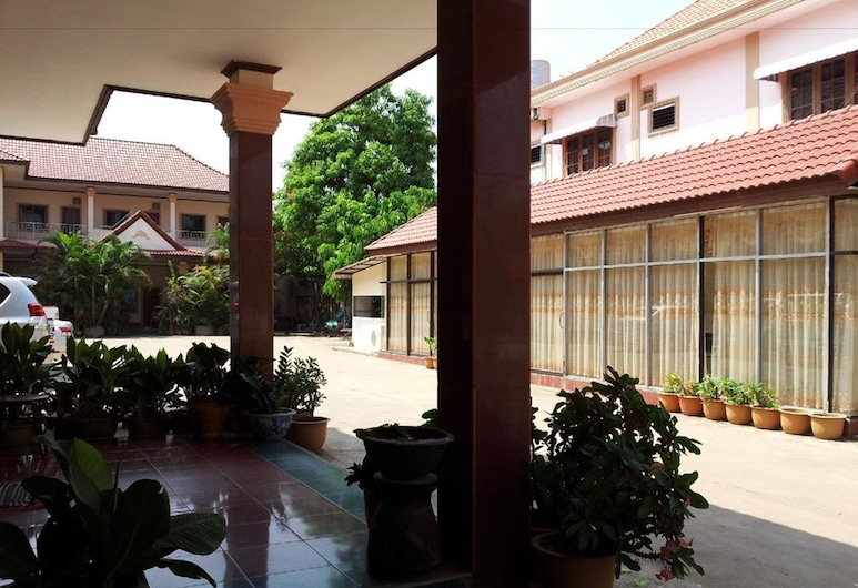 La Ong Dao Hotel 2, Viangchan, Fassaad