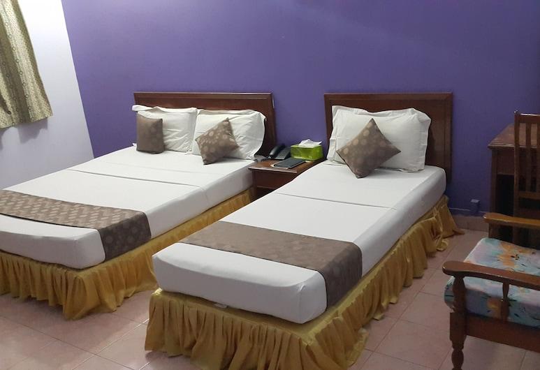 SKAI LODGE, Malé, Triple Room, Guest Room