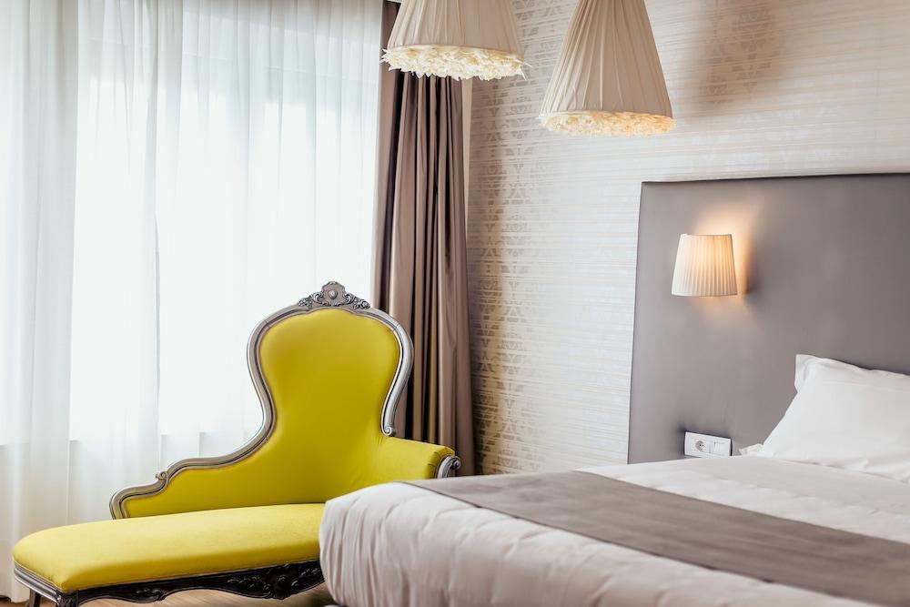 Diamante Mhotel, Collegno