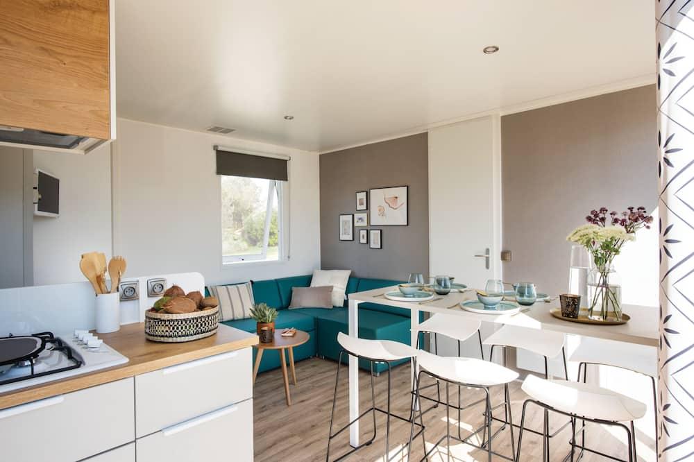 Superior Bungalow, 3 Bedrooms (Tribu VIP) - Living Area