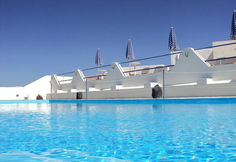 Adamastos Hotel, Santorini, Property Grounds
