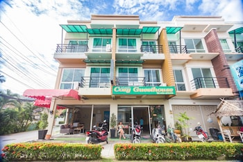 Picture of Cozy Guesthouse Phuket in Rawai