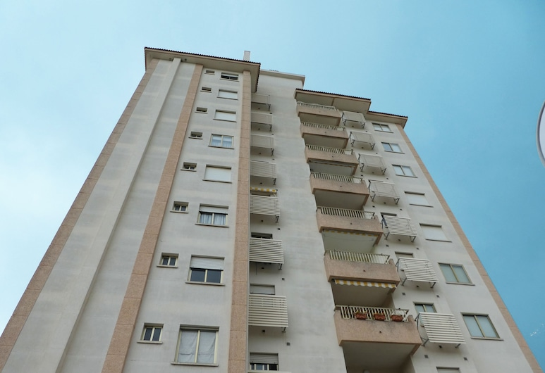 Apartamentos Jardines de Gandía VI-VIII 3000, Gandia, Front of property
