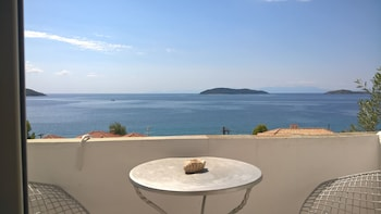 Picture of Azalea View Skiathos Studios in Skiathos