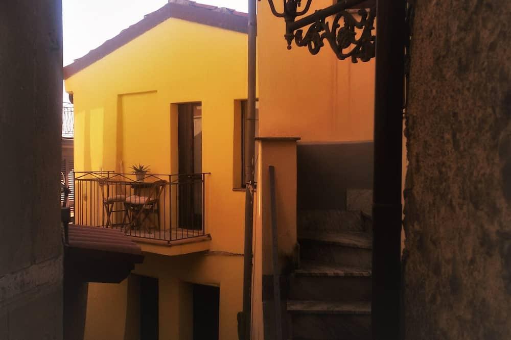 Apartment, 1 Bedroom, Annex Building - Balcony