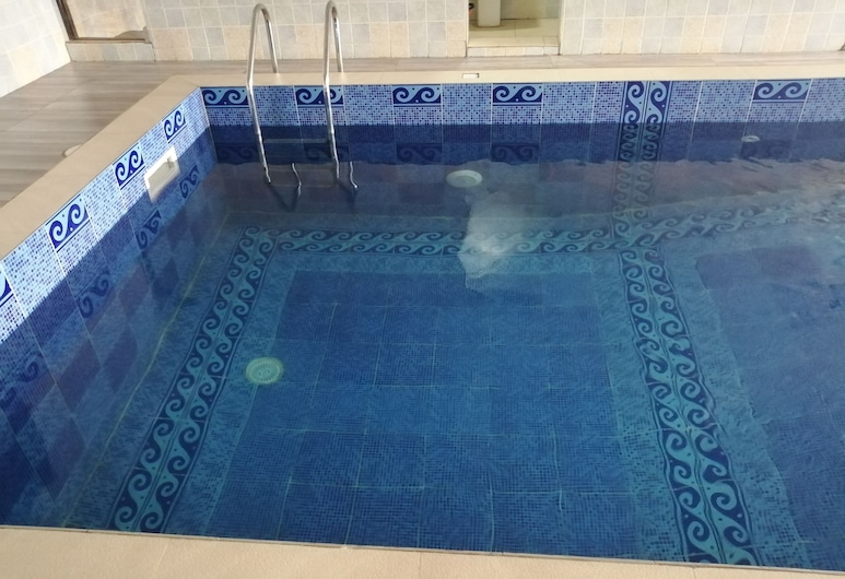 大威尼斯過境公寓, 拉各斯, 室內游泳池