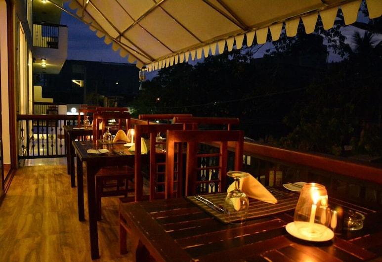 Gloria Grand Hotel, Unawatuna, Outdoor Dining
