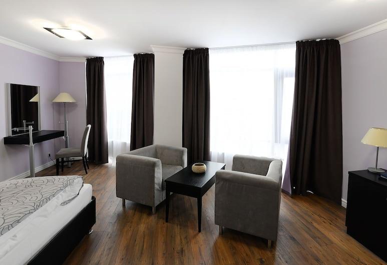 Business Hotel Vremena Goda , Moscou, Studio, Coin séjour