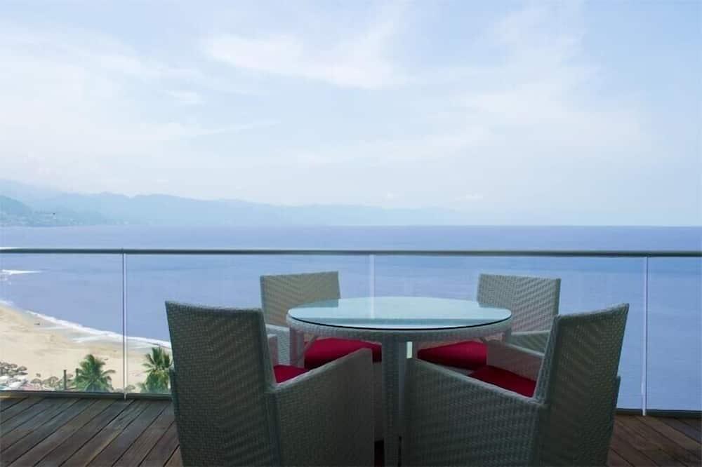 Luxury Condo, 2 Bedrooms, Accessible, Ocean View - Balcony