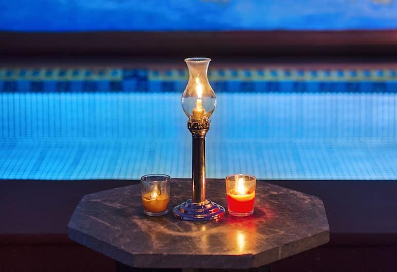 伊卡基尼瓦絲旅館, 齋浦爾, 泳池