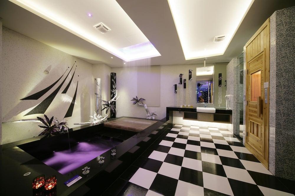 高級雙人房(附設Karaoke 10AM-12AM) - 浴室