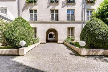 Picture of Sweet Inn Apartments Le Marais in Paris