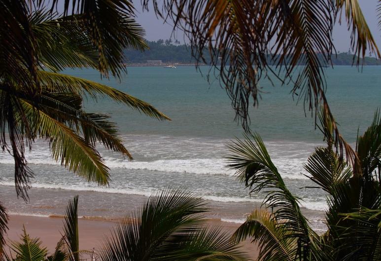 Jaga Bay Resort, Weligama, Beach