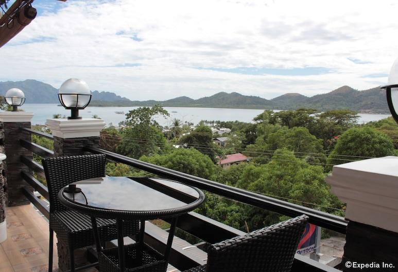 Coron Bancuang Mansion, Coron, Outdoor Dining