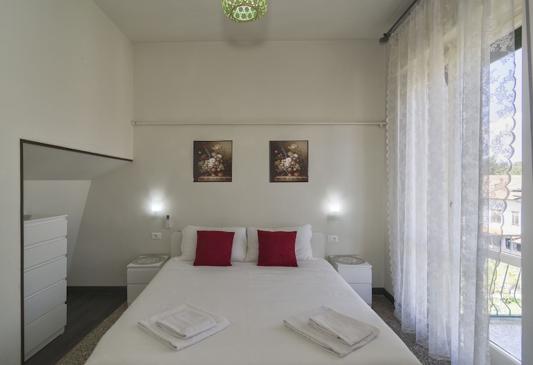 Aliante B&B and 2, Pisa, Deluxe Double Room, Private Bathroom, City View, Guest Room View