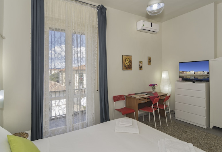 Aliante B&B and 2, Pisa, Triple Room, Multiple Beds, Private Bathroom, City View, Guest Room View