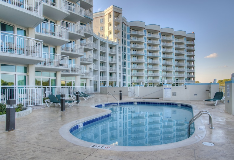 Horizon at 77th by Palmetto Vacations, Myrtle Beach, Pool