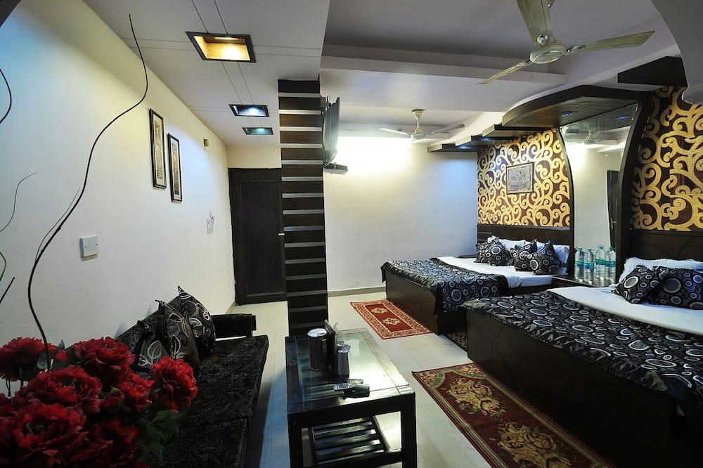Familien-Vierbettzimmer, 2Doppelbetten, Nichtraucher, Stadtblick - Wohnbereich