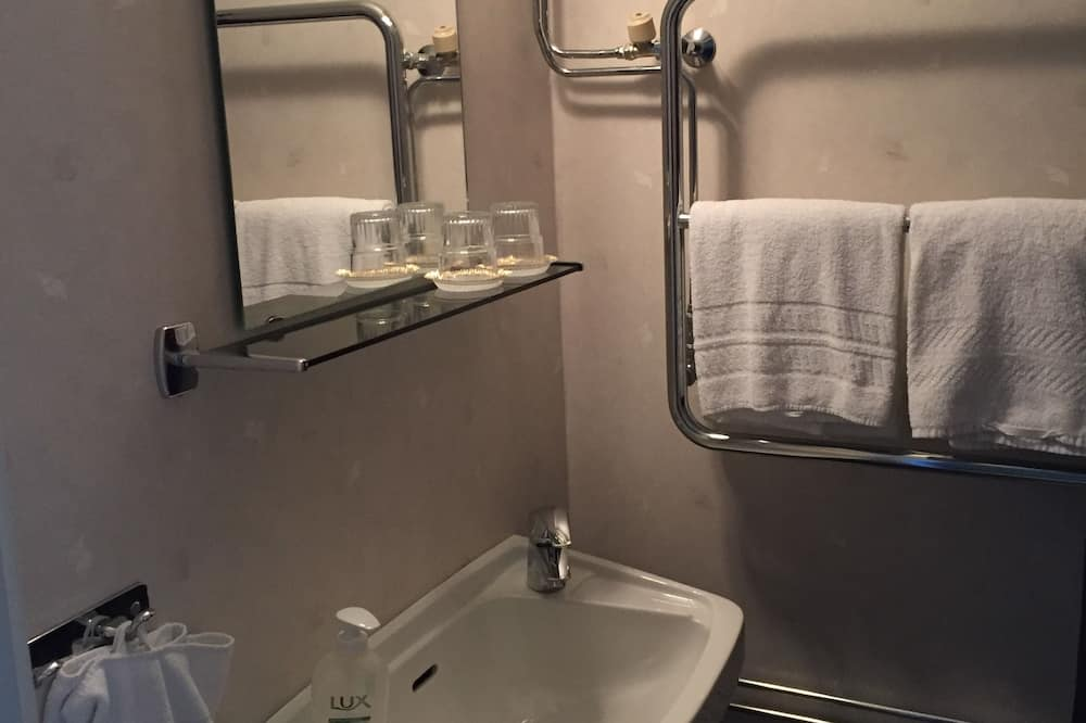 Habitación con 2 camas individuales - Baño