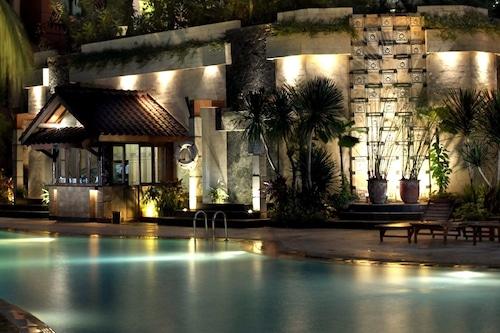 Hotel Kristal Jakarta Indonesia Jakarta Hotel Discounts Hotels Com