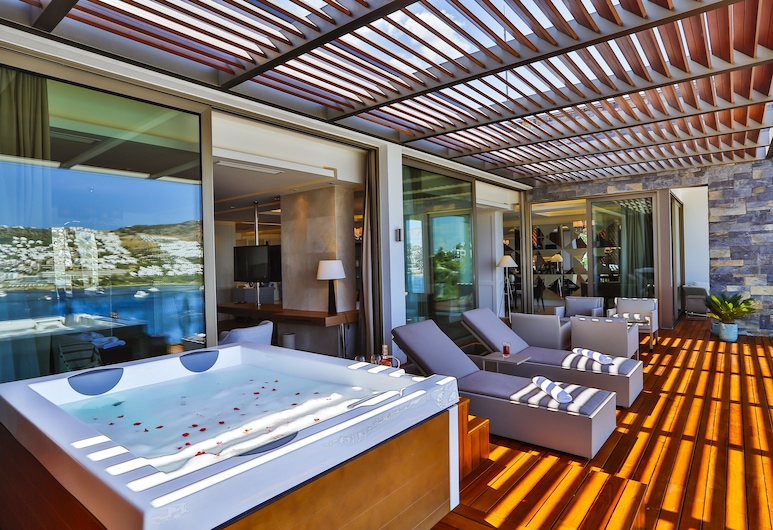 Mivara Luxury Resort & Spa Bodrum, Bodrum, King Suite, Jetted Tub