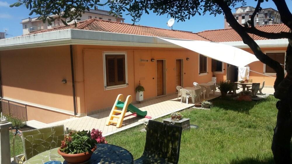 Prenota Appartamenti Sole Mare Agropoli a Agropoli - Hotels.com