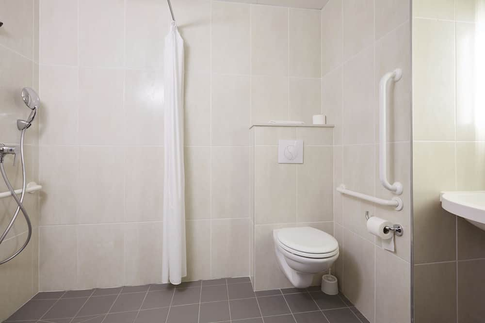 Quarto Duplo, 1 cama de casal, Acessível, Não-fumadores - Casa de banho