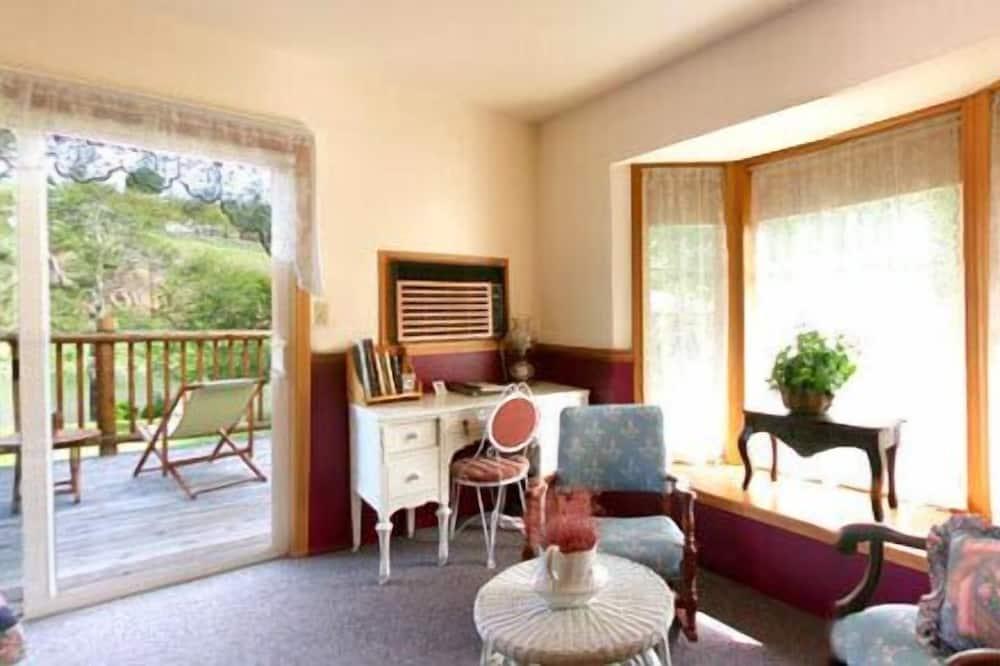 Sherar's Hotel Room - Living Area