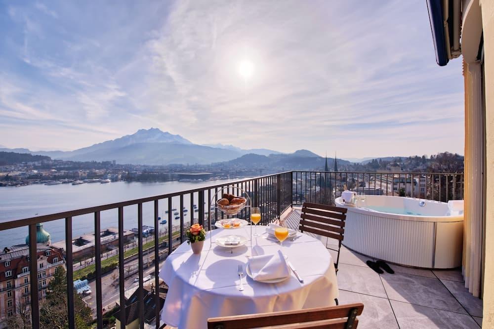 Penthouse Junior Suite - Terrace/Patio