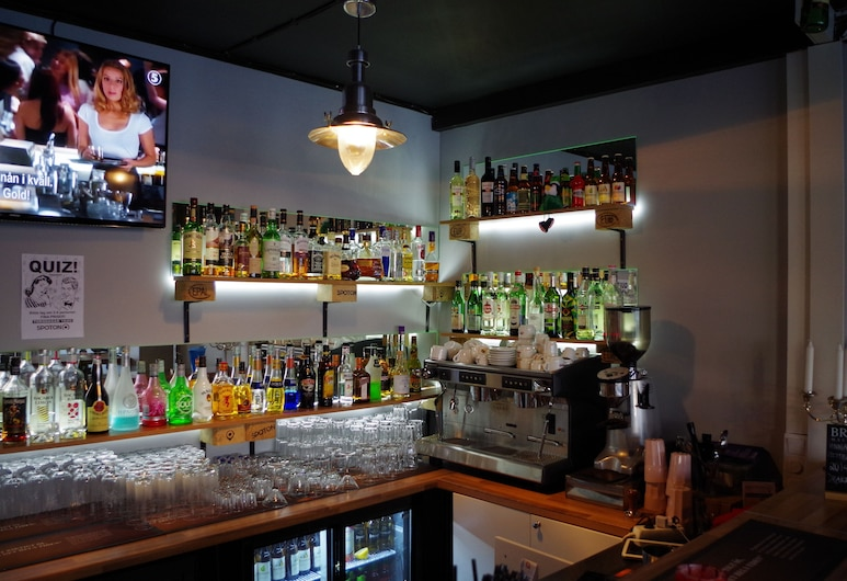 Spoton Hostel & Sportsbar, Göteborg, Bar de l'hôtel