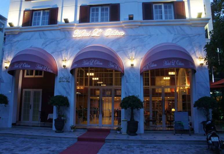 Hotel L Odeon Phu My Hung, Ho Chi Minh City, Hotel Front – Evening/Night