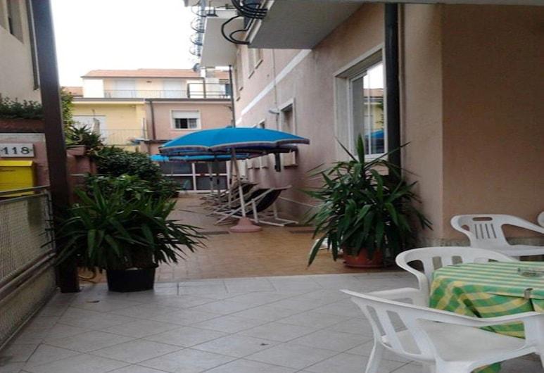 Hotel Domini, Camaiore, Terrace/Patio