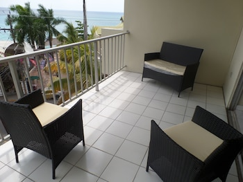 Picture of Skyclub Beach Suite at Mobay Club in Montego Bay