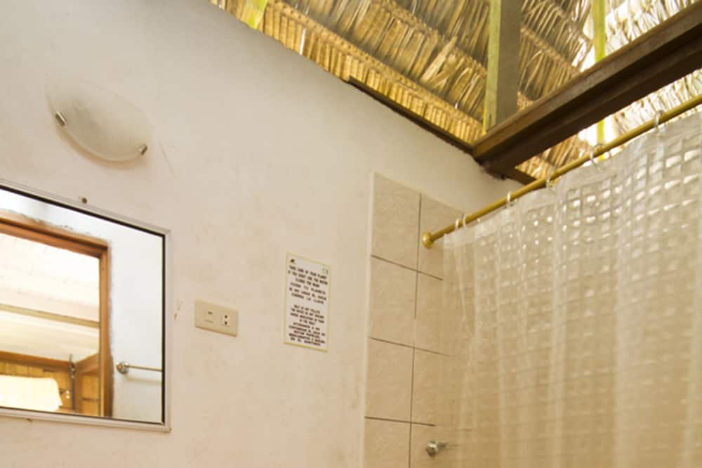 Standard Single Room, Balcony - Bathroom