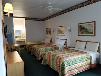 Picture of Quality One Motel in Weatherford