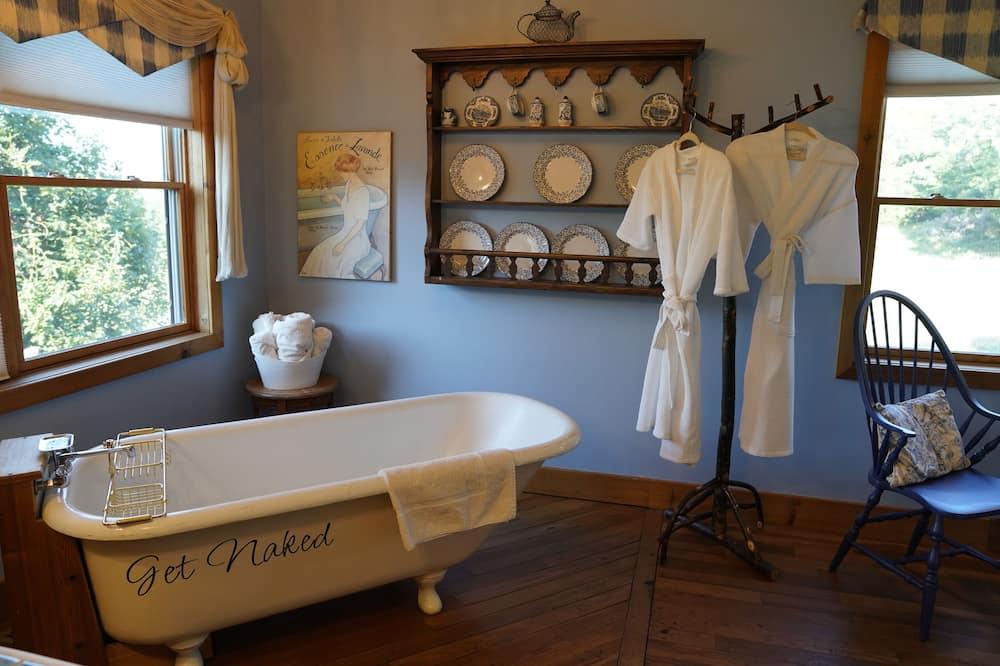 標準客房, 1 張特大雙人床 (Blue and White Room) - 浸泡式浴缸