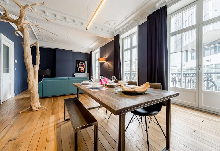 Smartflats Design - Gaité, Brussels, Superior Apartment, 2 Bedrooms, In-Room Dining