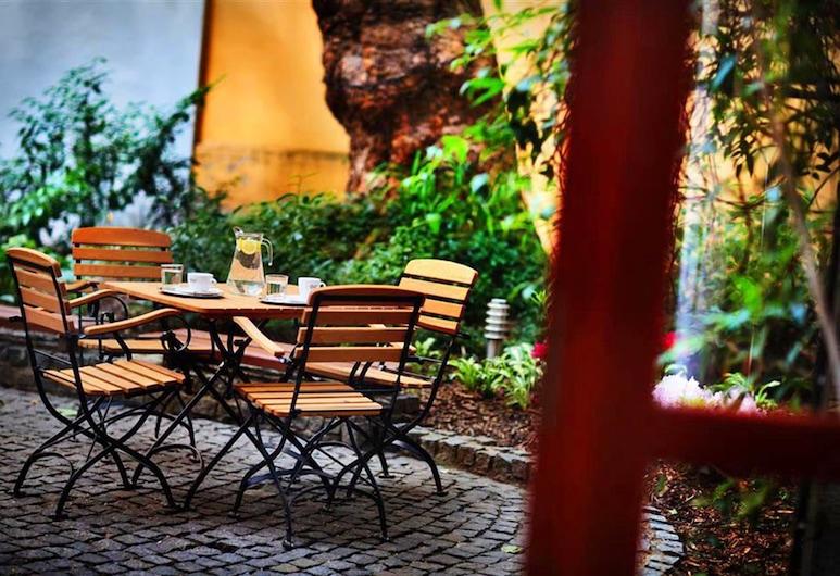 Hotel Adler, Prague, Terrace/Patio
