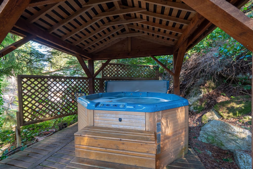 Romantisk stuga - bubbelpool (With Loft) - Privat bubbelpool