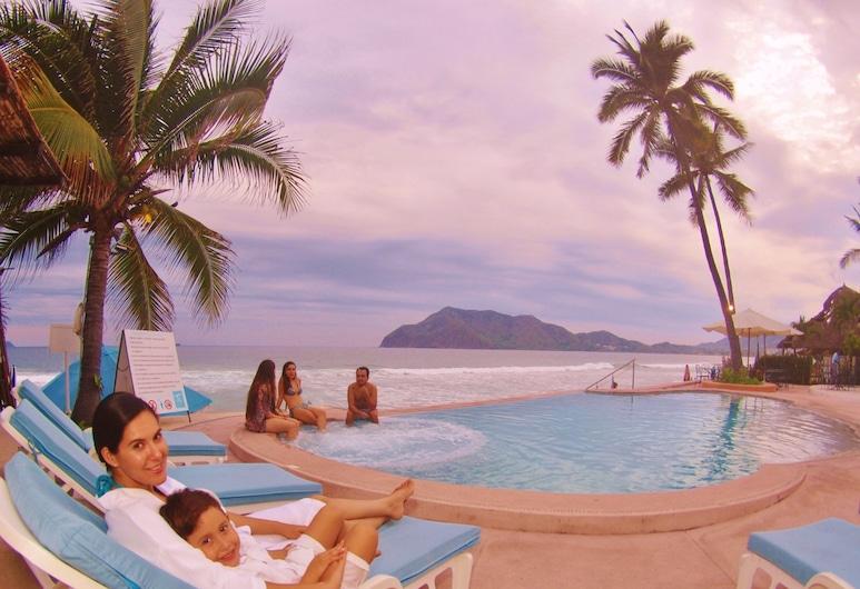 Mar Celeste, Manzanillo, Infinity Pool