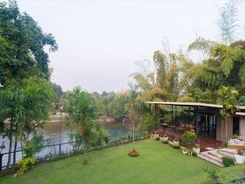 Enter your dates to get the best Kanchanaburi hotel deal