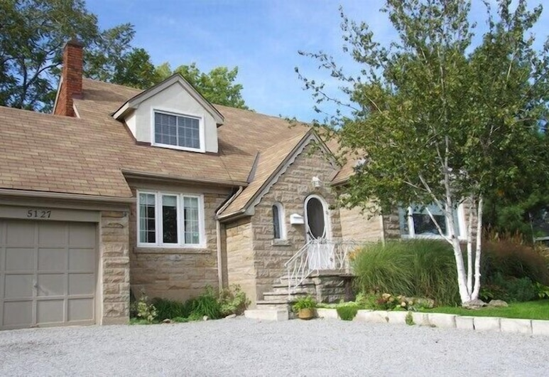Stoneleigh Cottage, Niagara Falls