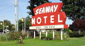 Picture of Seaway Motel in Muskegon