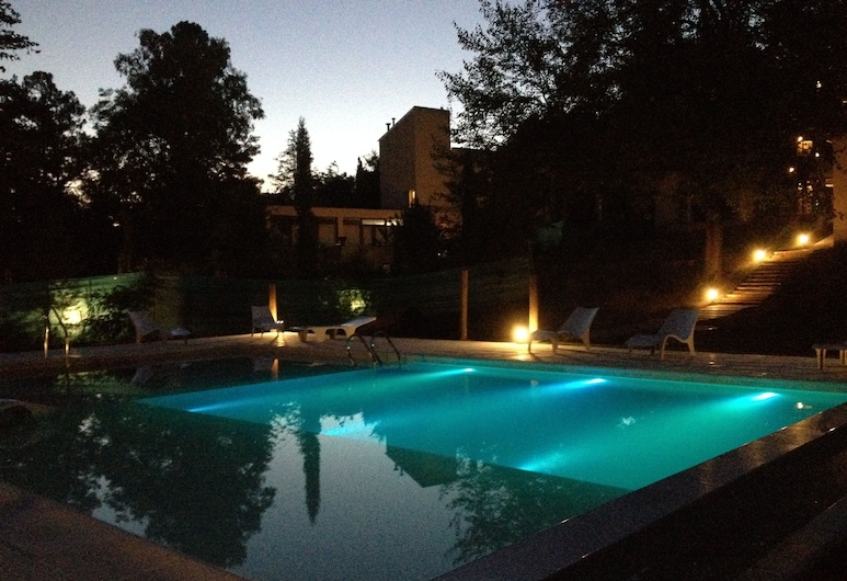 Atelier Hotel de Charme, Villa General Belgrano, Alberca al aire libre