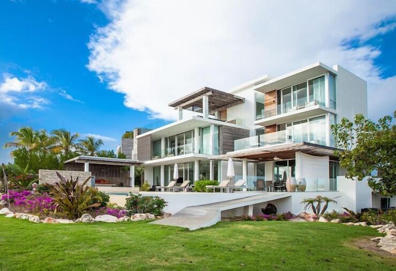 Ani Villas Anguilla, The Valley