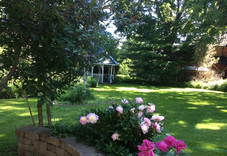 Edwardian House Bed and Breakfast, Prince Edward