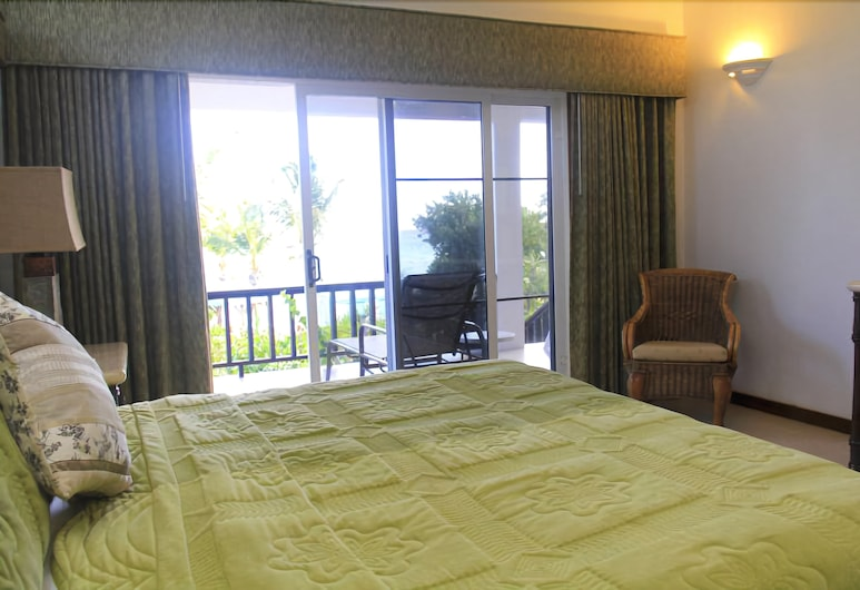 Serenity Cottages, Shoal Bay, Guest Room