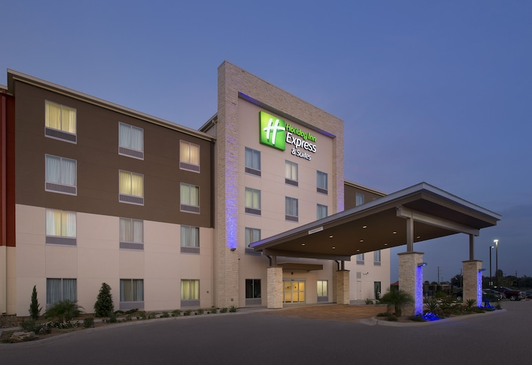 Holiday Inn Express & Suites Bay City, an IHG Hotel, Bay City